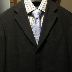 —SOLD—40S Hugo Boss Charcoal Men's Sports Coat